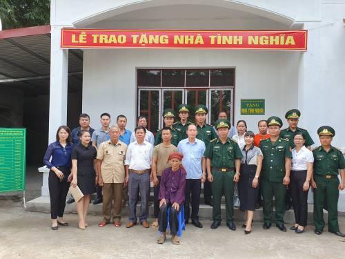 Lễ trao tặng nhà tình nghĩa cho hộ gia đình Liệt sỹ tại thôn Quân Phát, xã Yên Khoái